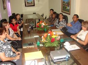 Ejecutivos de ambas empresas durante la presentación de Resultados