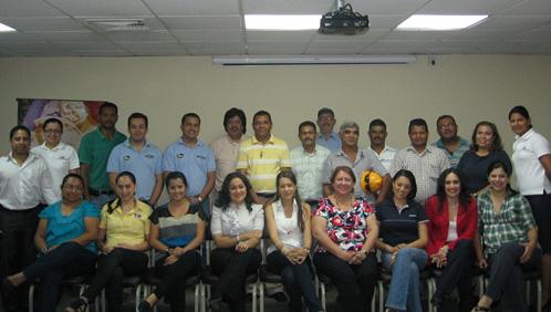 Representantes de Empresas Proveedoras Invitadas junto a representantes del eje de Proveedores del Molino Harinero Sula y FUNDAHRSE.