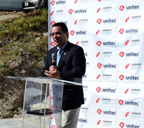 Marlon Brevé, Rector Unitec en la inauguración de la Unidad de Docencia y Descanso del Hospital de Occidente Santa Rosa de Copán.